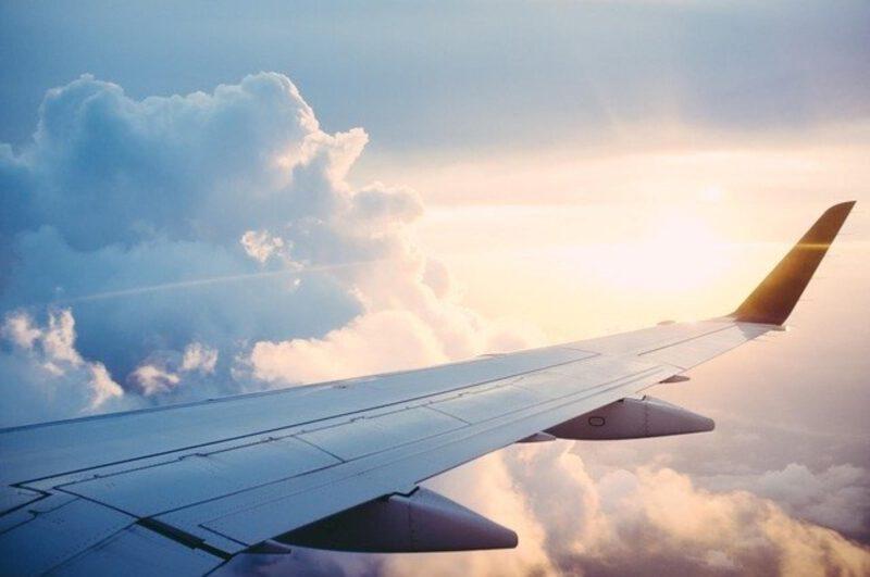 wyszukiwanie tanich lotów